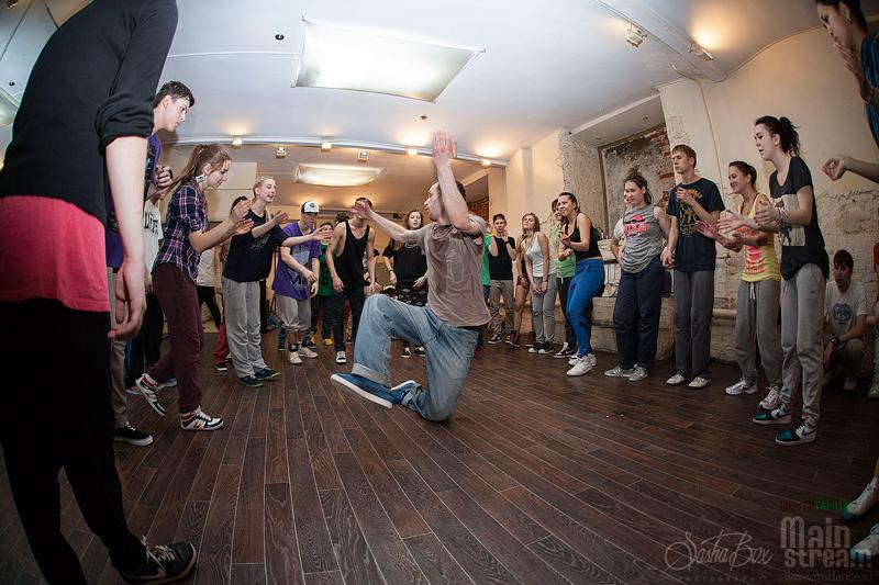 Школа танцев mainstream в кривоколенном переулке (москва)